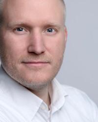 Björn Tantau bloggt unter seinem Namen zu allen Themen rund um das Internet-Marketing